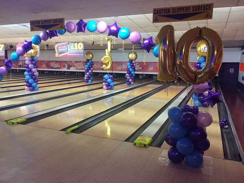 balloon decorations bowling alley
