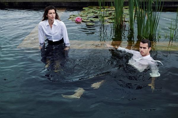 Fotoshoot bij De Woeste Wieven voor Harpers Bazaar door Jasper Abels