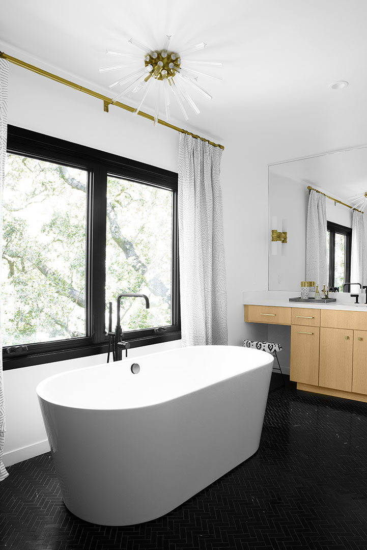 Bath tub design Oakland, CA