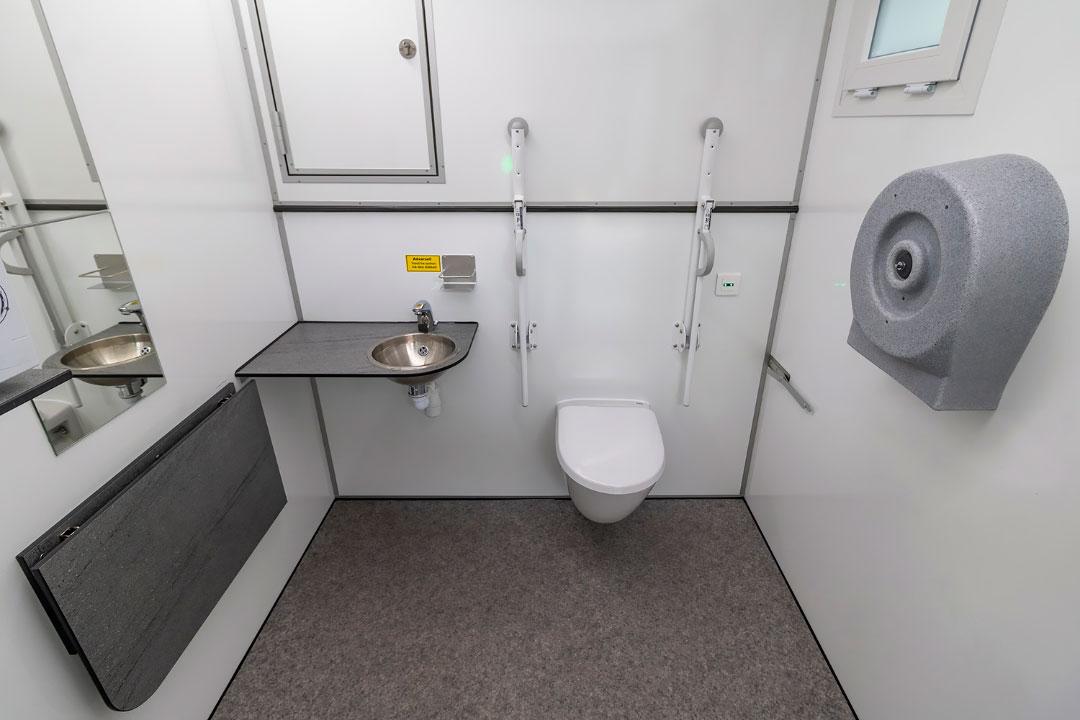 Scanvogn toilet house 07