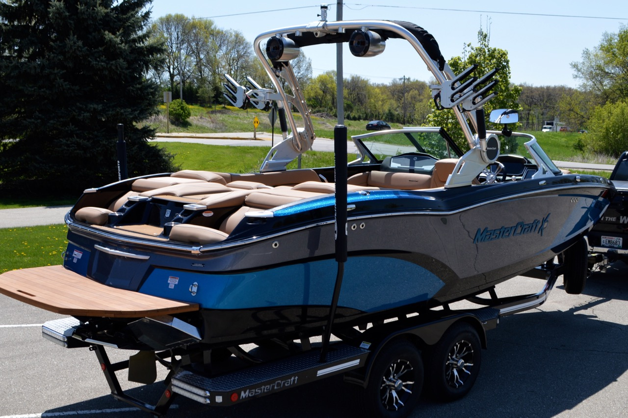 2018 Mastercraft X23_Redline Watersports Side rear