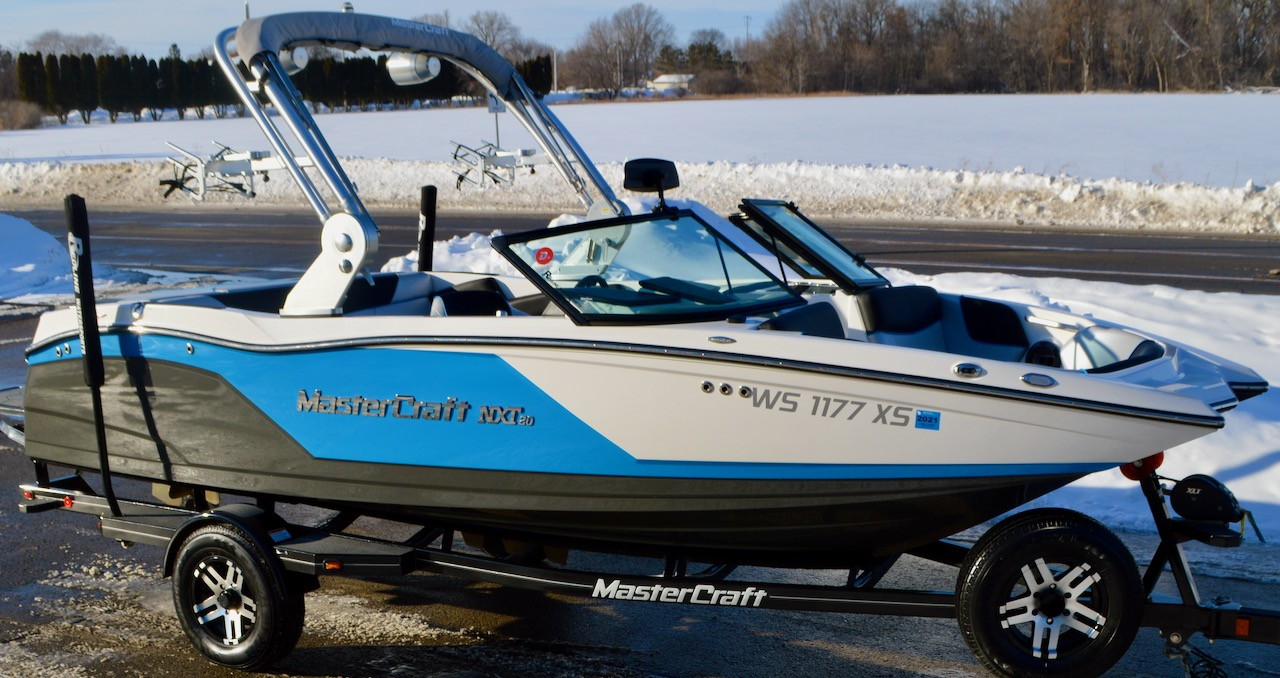 2018 MasterCraft NXT-20 with Convenience Package