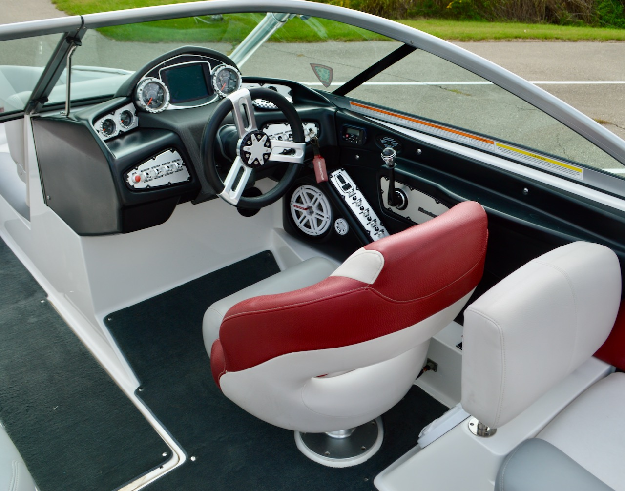 2010 MasterCraft X-25 with Surf Tabs
