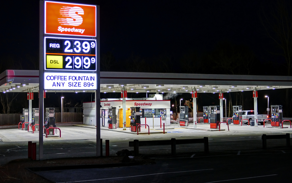General Managers at Speedway Gas Stations Sue for Overtime Pay