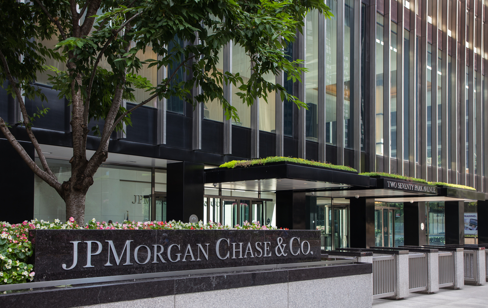 JPMorgan to Pay $5M for Parental Leave Bias Lawsuit