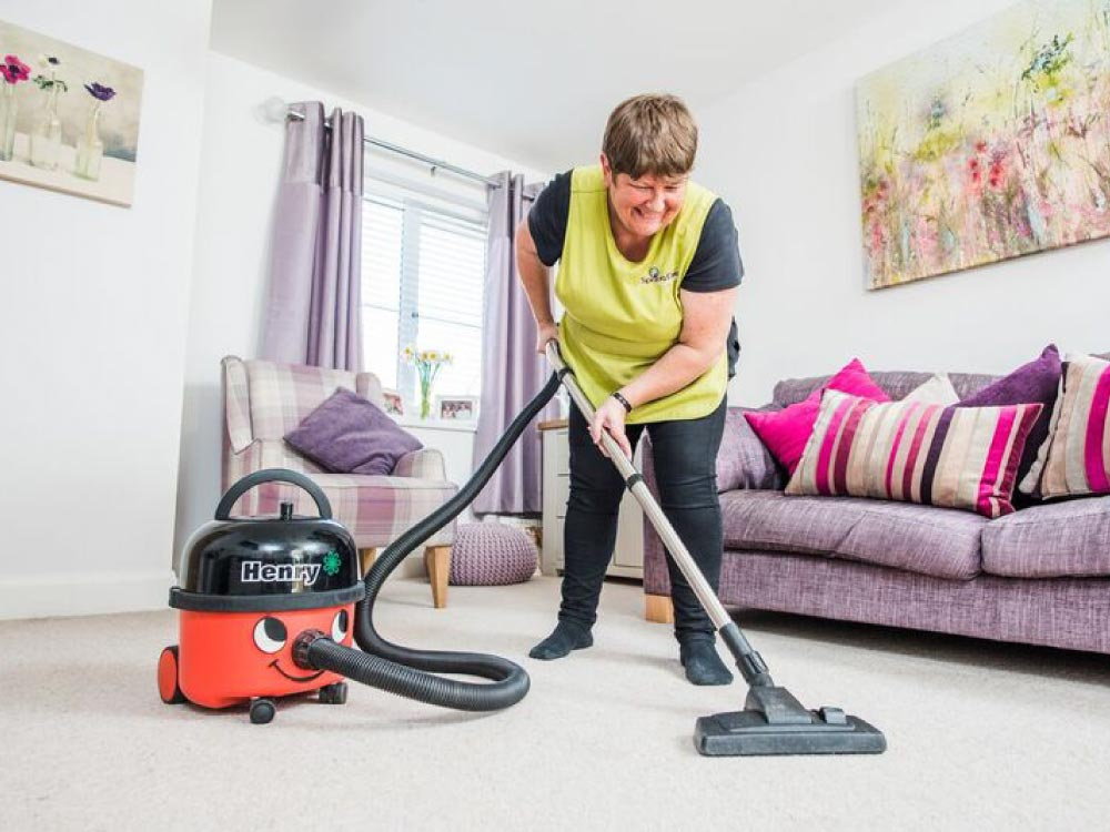 spring clean commercial employee cleaning