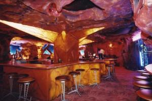 Mars 2112 Restaurant Sued Under New York Plant Closing Law