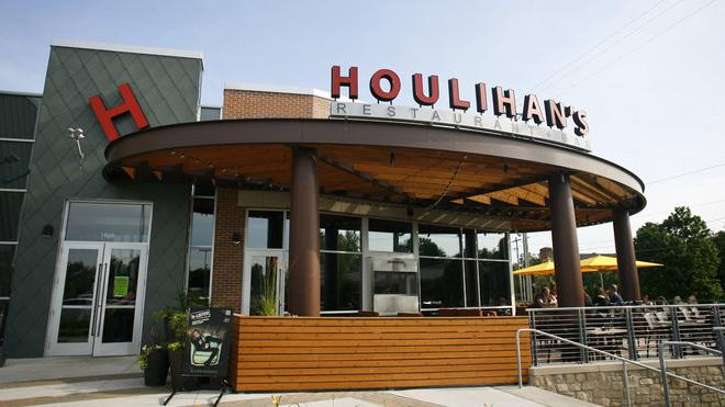 Houlihan's Restaurants Will Pay $5M To Settle Wage Theft Claims