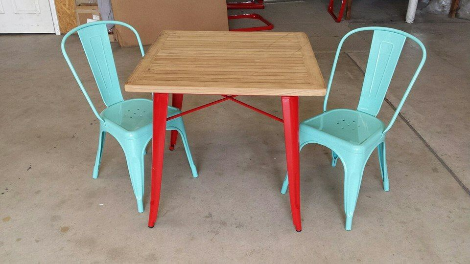 table and chairs set powder coated red and turqouise