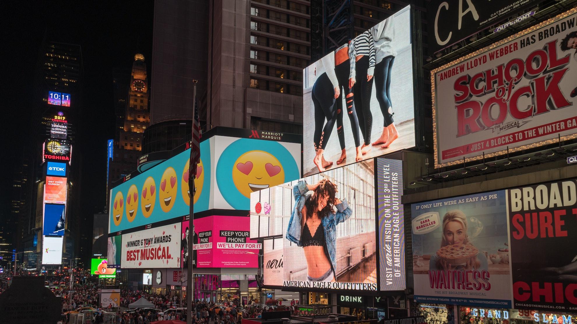 publicidad y espectaculares