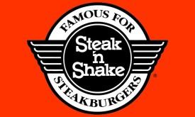 Trabajadores de Restaurante Steak 'n Shake Demandan Por Violaciones de Pago