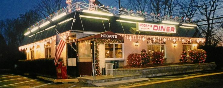Restaurante Hogan's Family Diner Paga $55,000 a dos cocineros
