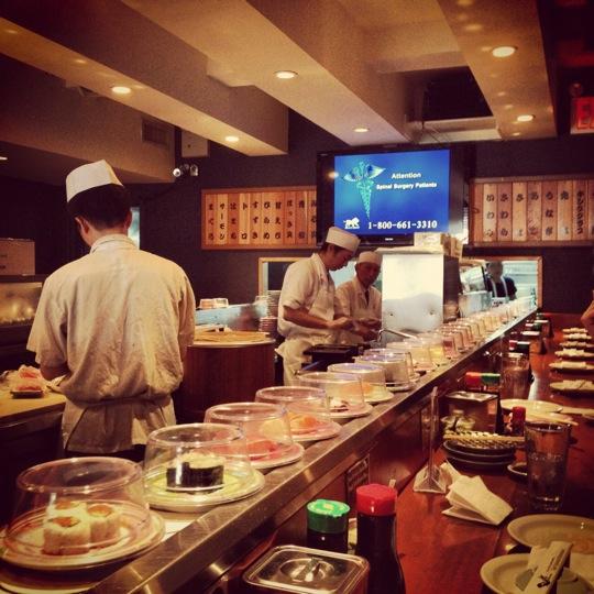 Restaurante Japones Ordenado a Pagar $1,25 Millones de Dolares a Camareros por Violaciones de Pago