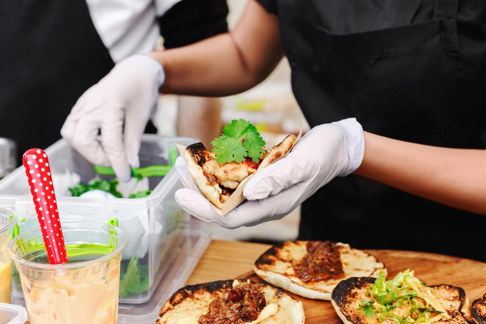 Pechman Law Gana $335,728.26 para Víctimas de Robo de Salarios en Restaurantes