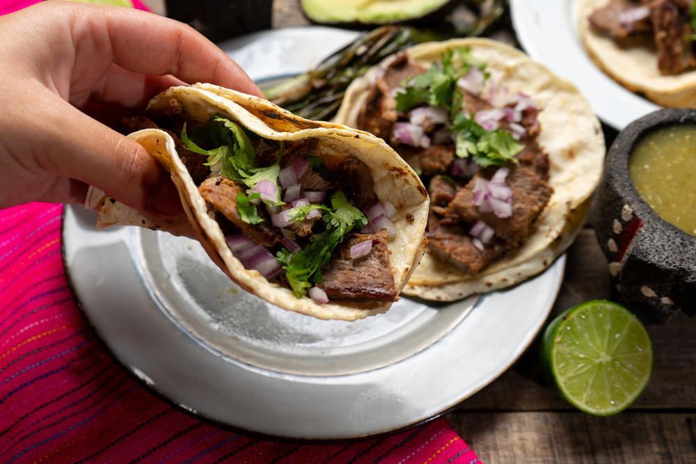 Una Cadena de Restaurantes Mexicanos, Homemade Taqueria, Demandada Por Violaciones de Salario Mínimo y Horas Extras