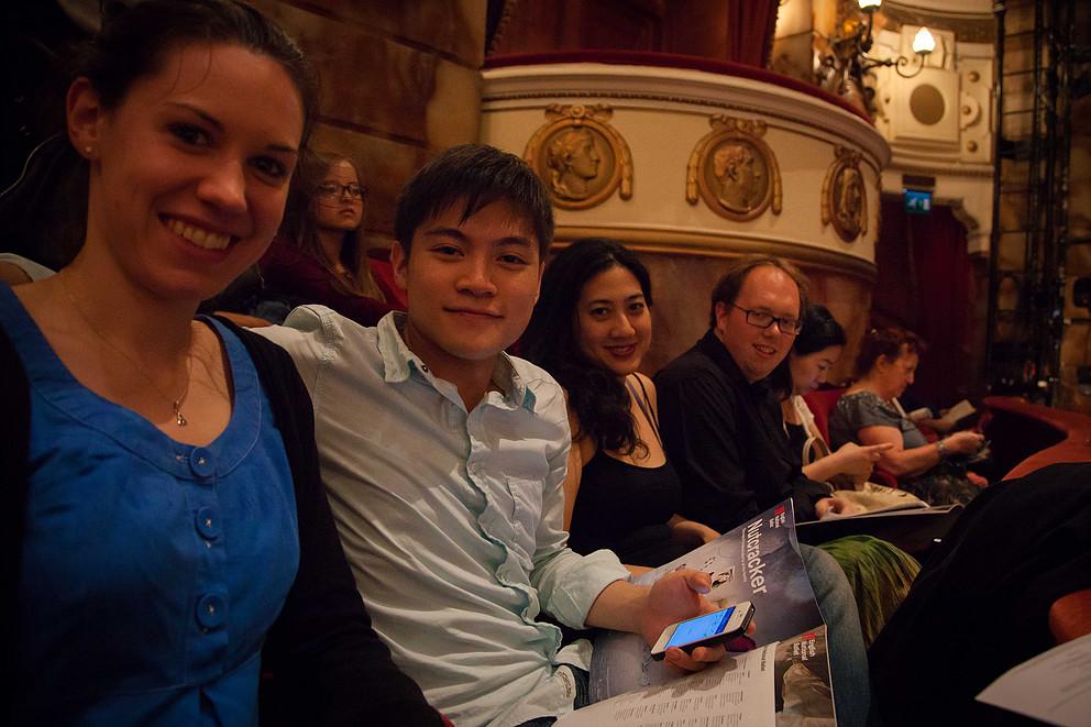 Maiastra alumni at a concert