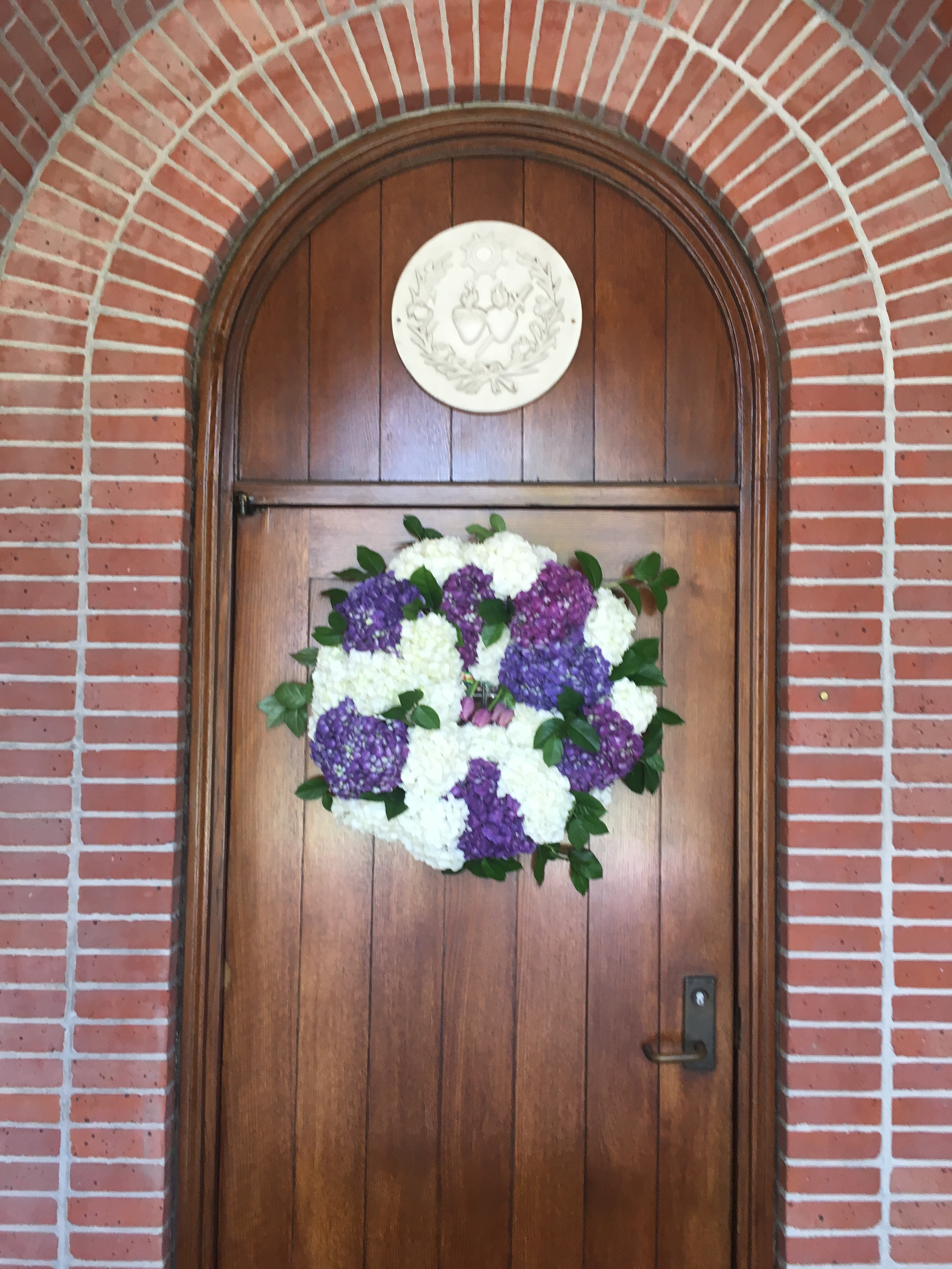 floral wreath wedding flowers richmond wedding florist virginia