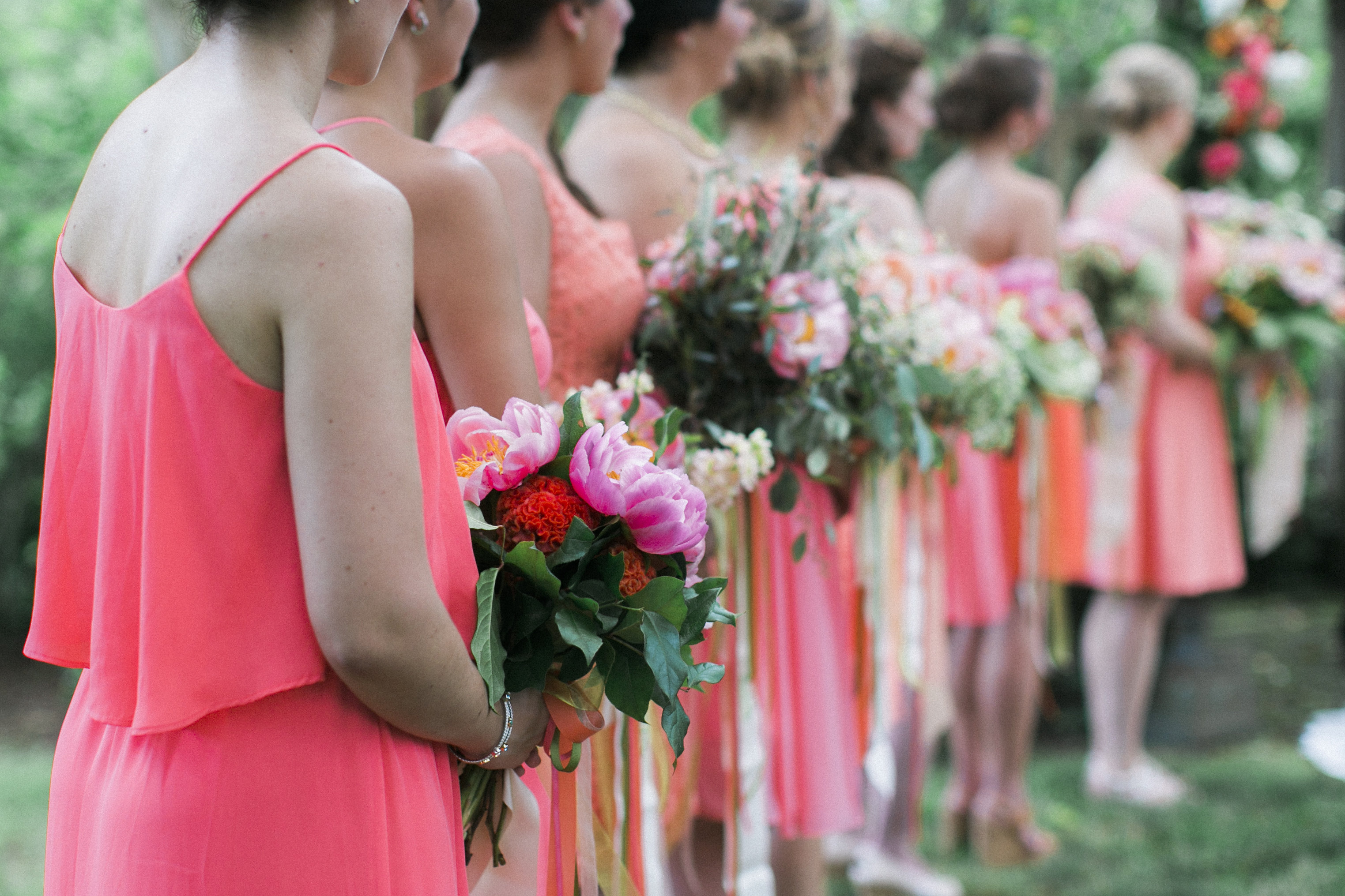 bridesmaid bouquets tuckahoe plantation richmond virginia wedding florist