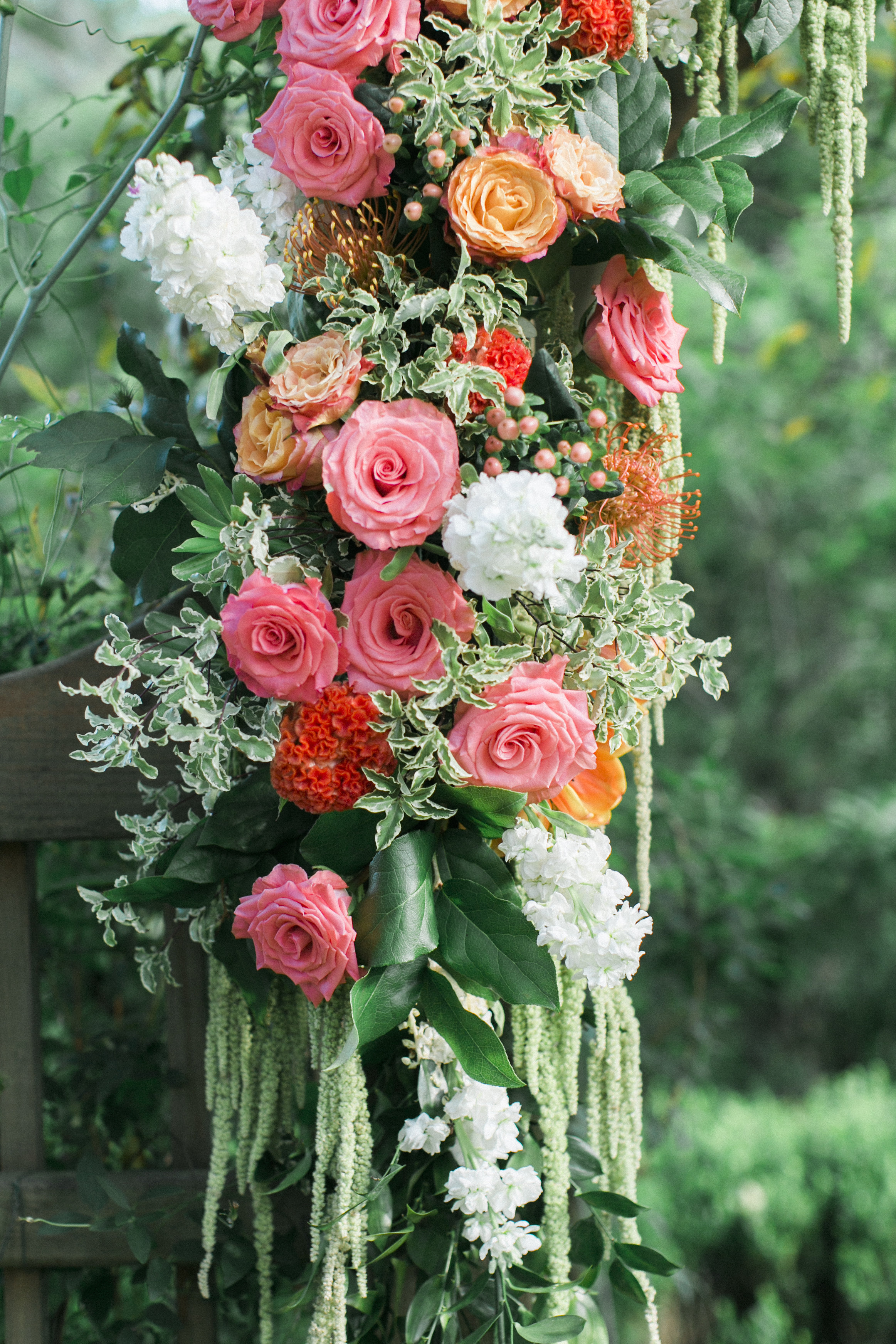 tuckahoe plantation archway flowers richmond virginia coral wedding florist