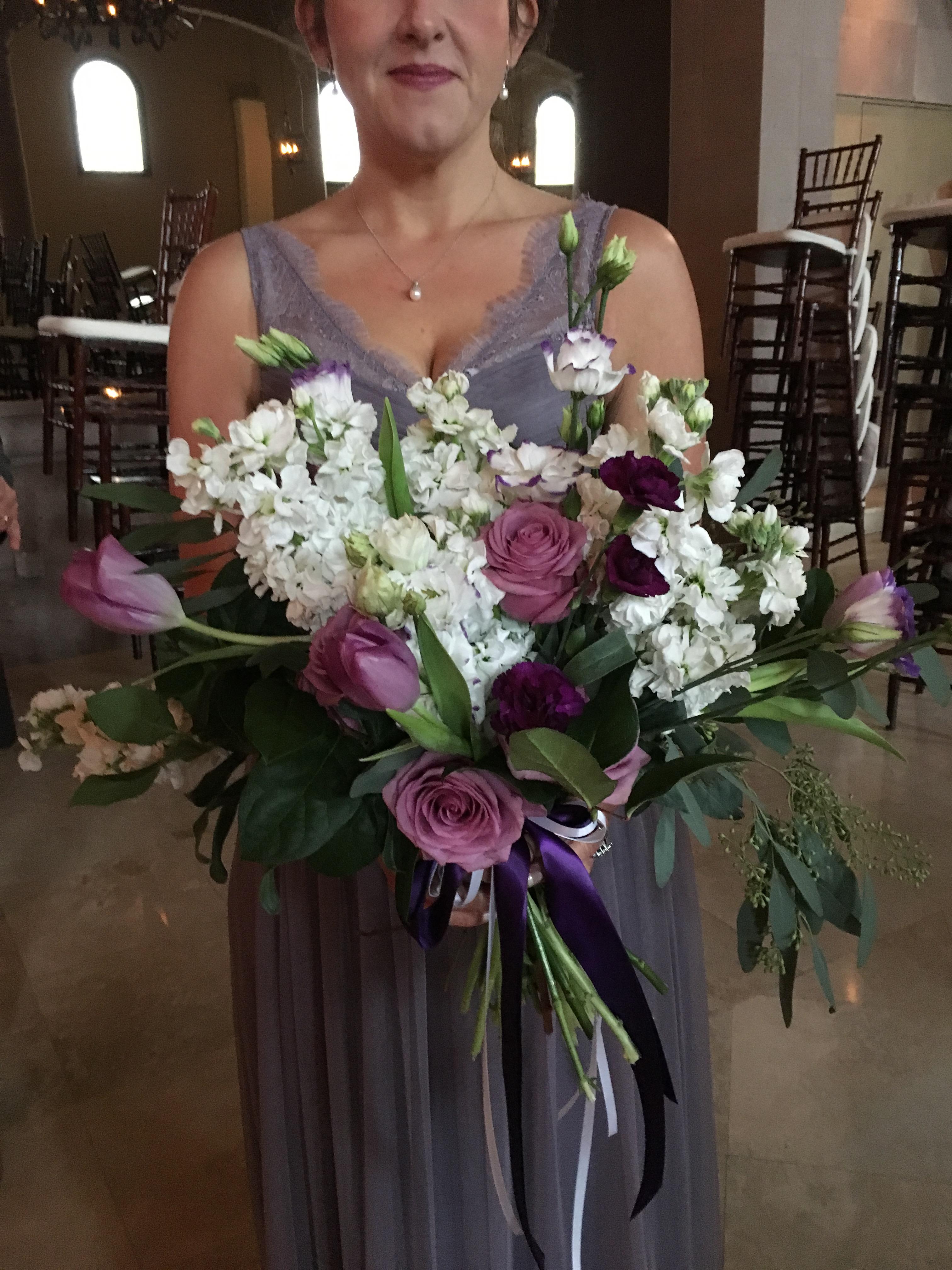 garden style bouquet wedding flowers Richmond Virginia wedding florist