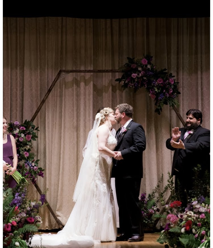 octagon wedding florals bolling haxall house richmond virginia wedding florist purple flowers