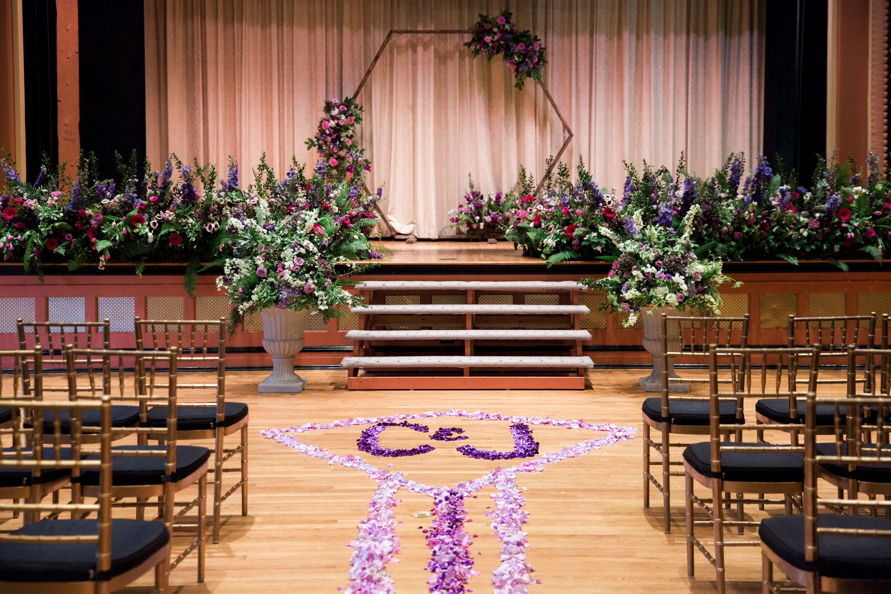 ceremony flowers wooden octagon wedding bolling haxall house aisle design richmond virginia wedding florist purple flowers