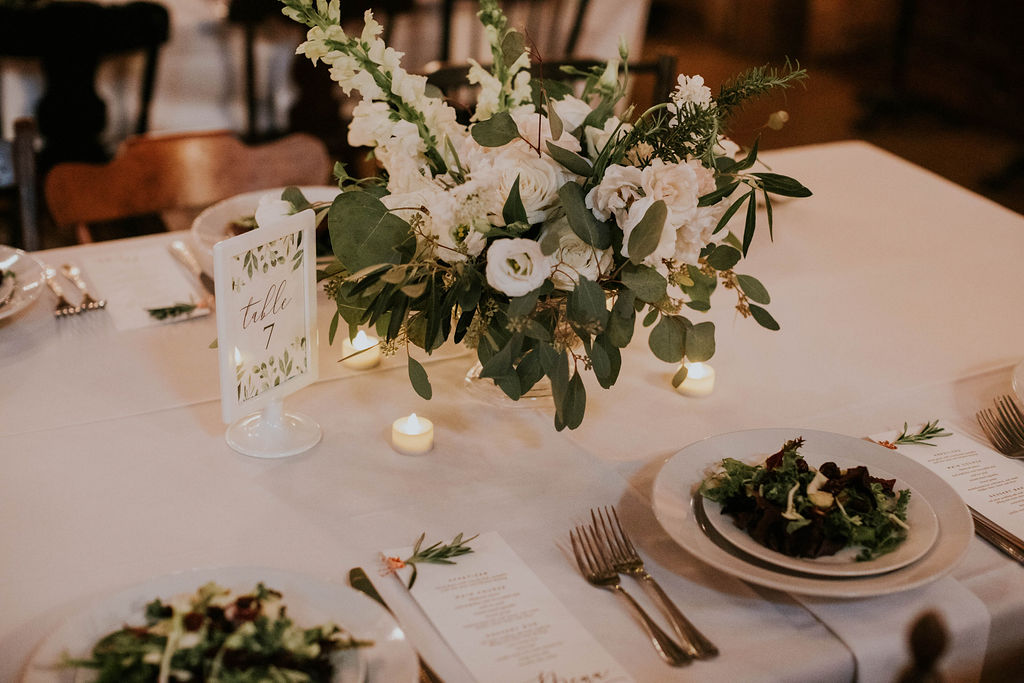 white wedding flowers centerpiece tablescapes richmond wedding florist virginia wedding florist