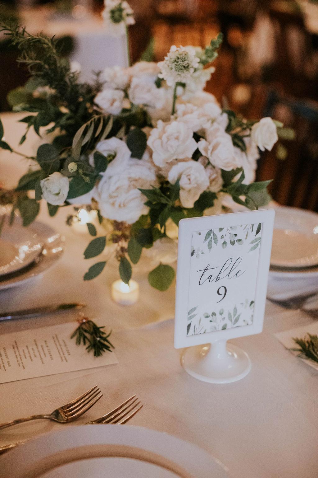 tablescape compote floral design white wedding flowers white table flowers wedding centerpieces richmond wedding florist virginia wedding florist