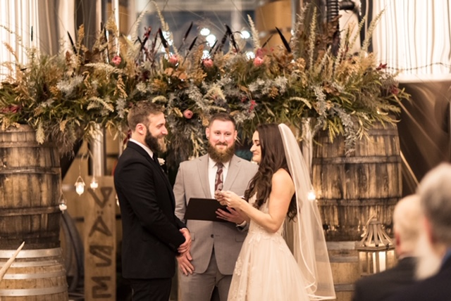 boho ceremony decor richmond virginia wedding florist vasen brewing company maryann blooms