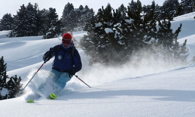 Great off-piste skiing available