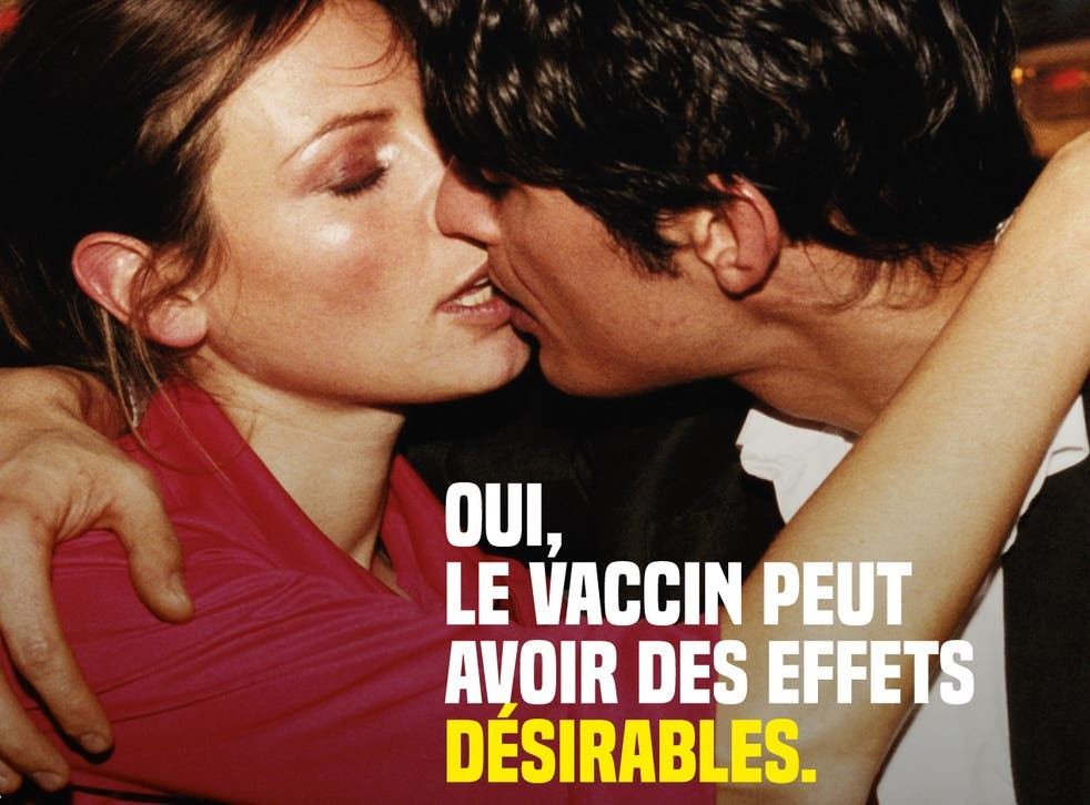 <p>A French regional health authority advert promoting Covid vaccines</p>