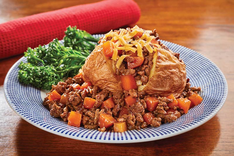 Baked Potato With Beef & Carrots