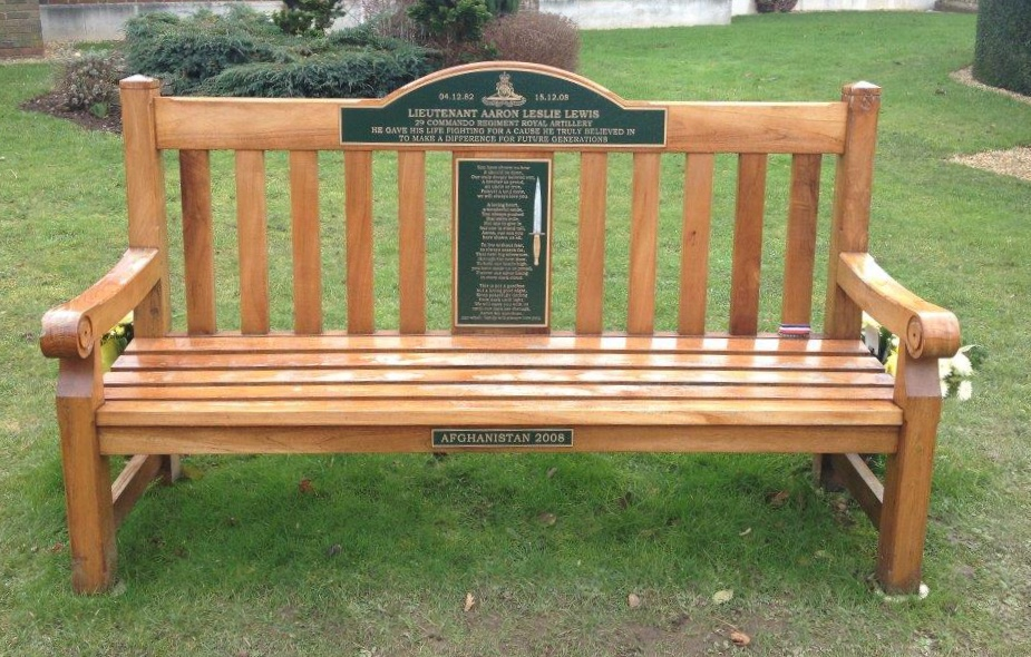 MILITARY PLAQUESSPECIAL BENCH PLAQUES BRONZE GREENBACKGROUND