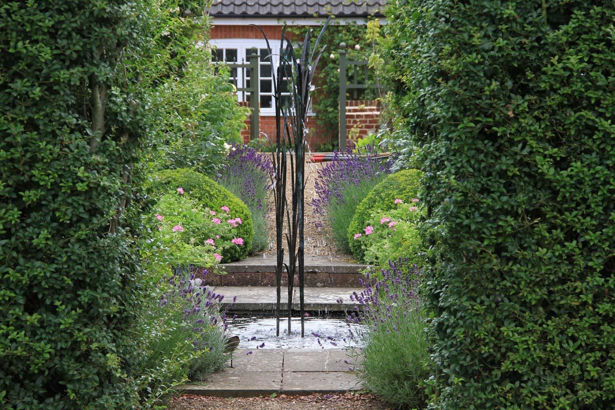 Tessa Hobbs - A Norfolk Old Rectory - Garden and Design