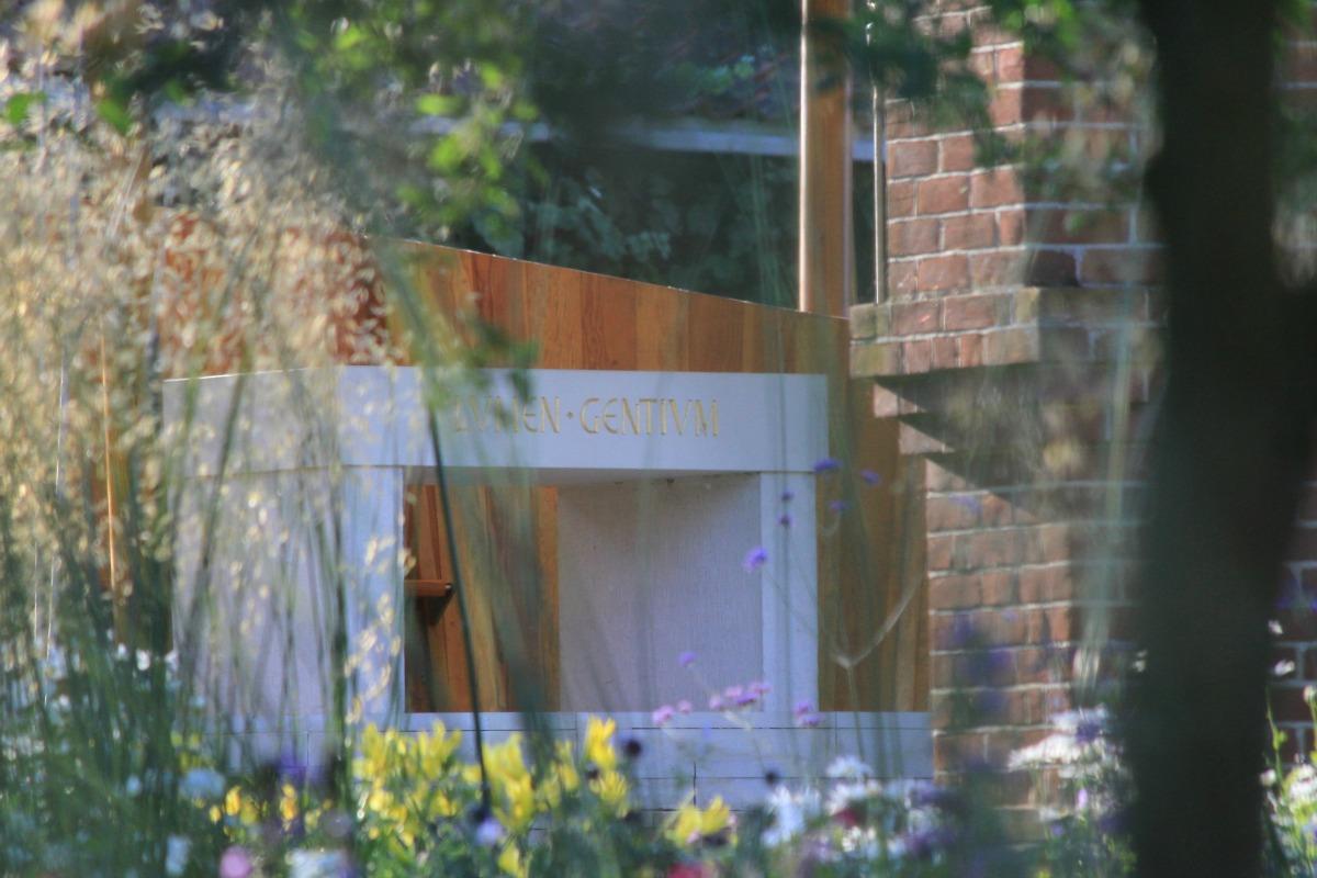 Tessa Hobbs - The Anglican Shrine | Garden and Design