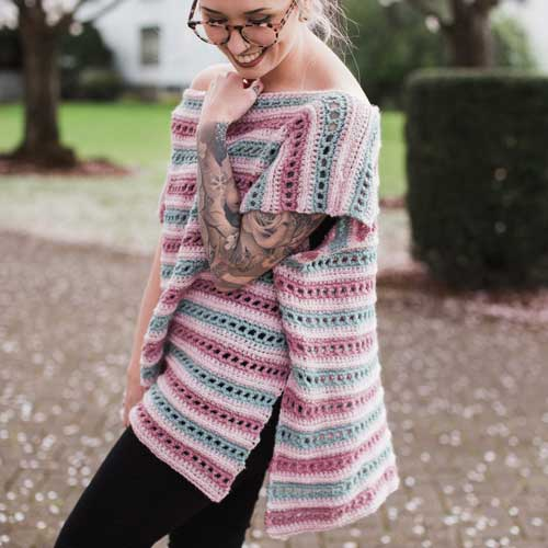 a8fed6477a48 Serendipity Poncho Crochet Pattern