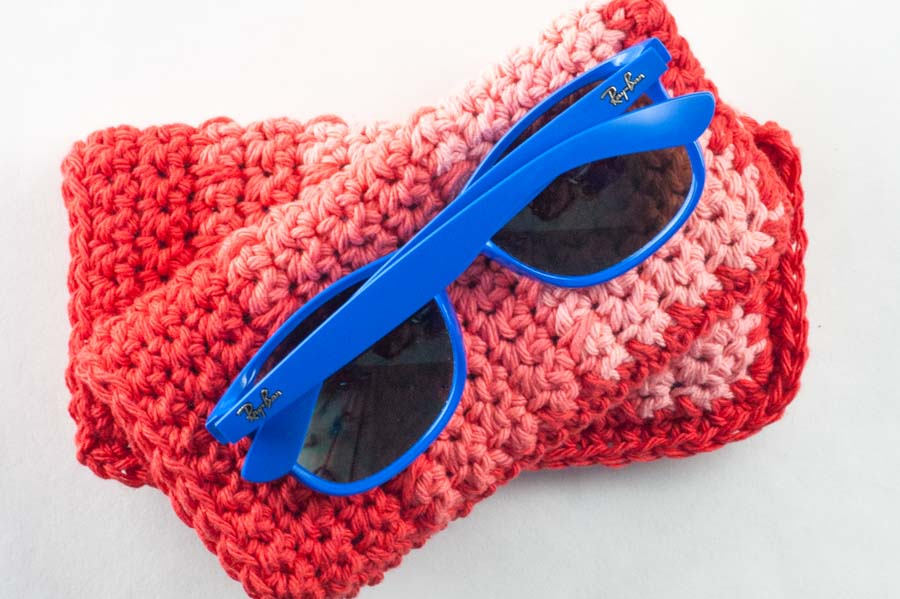 Ombre Sunglasses Case Crochet Pattern by Alex Alex DellAringa for @thehooknook