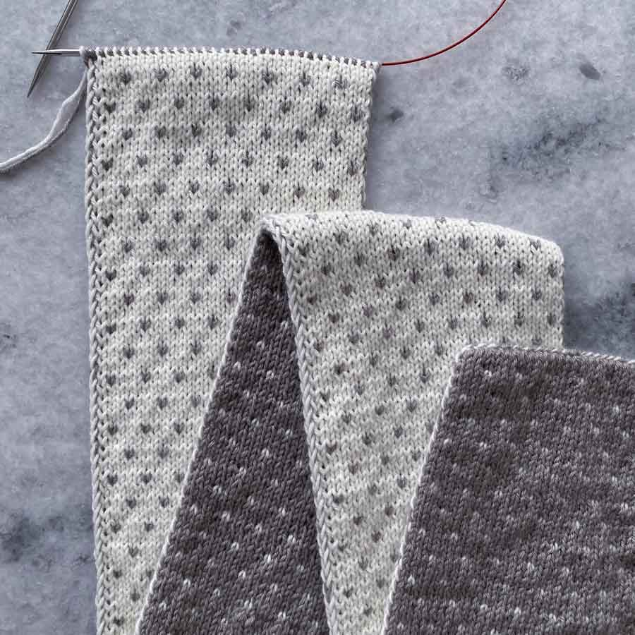 Sirdar Knitting Pattern 8137 Pour Femme tricot dentelle /& plain top d/'été en lin DK