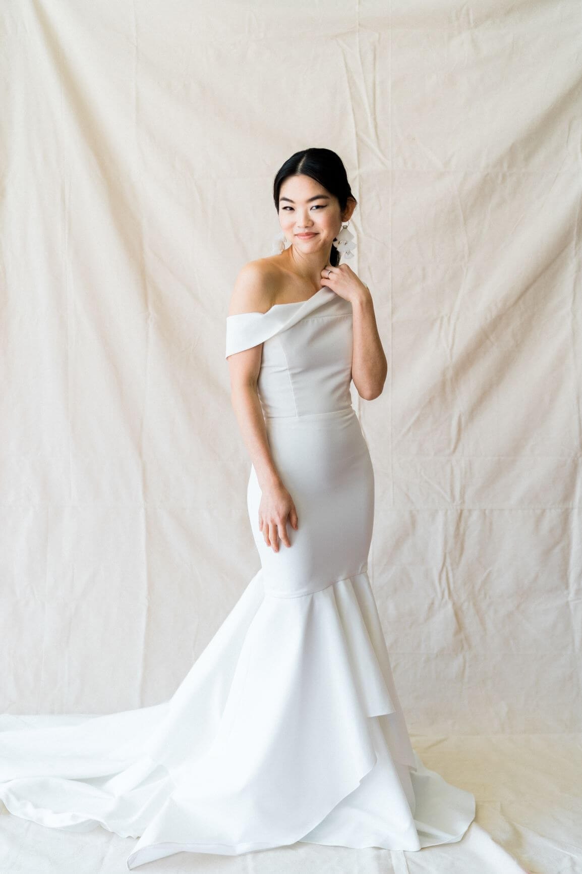 wedding gown fitted white gown bride