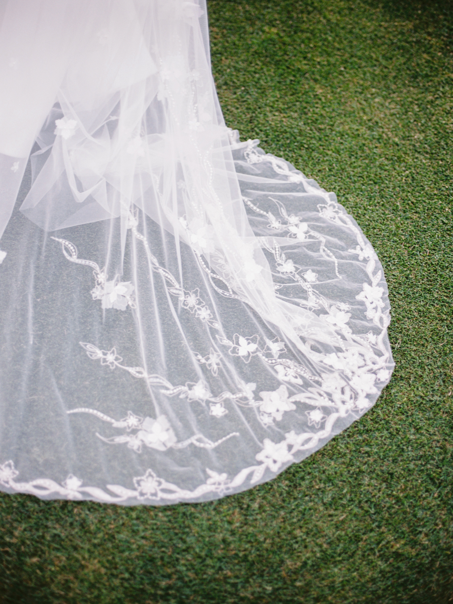 OH NO! Your Wedding Dress is Stained...Here's How to Treat it