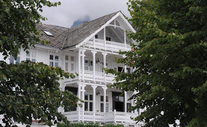 Hotell i Hardanger med stolte tradisjoner som «hvit svane»