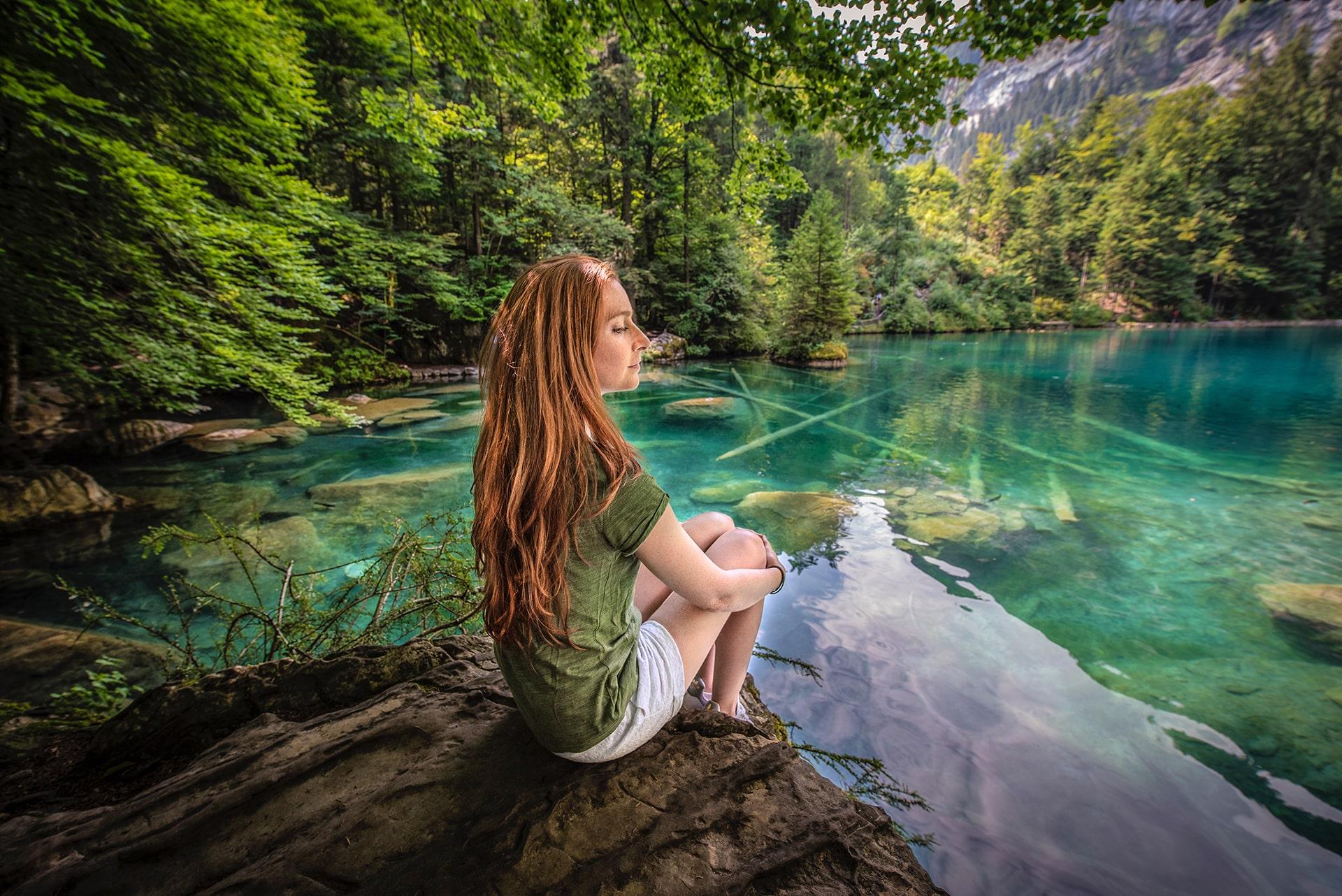 Blog Lifestyle - Le Blausee est d'une beauté exceptionnelle - Suivre sa Joie - Saskia Parein