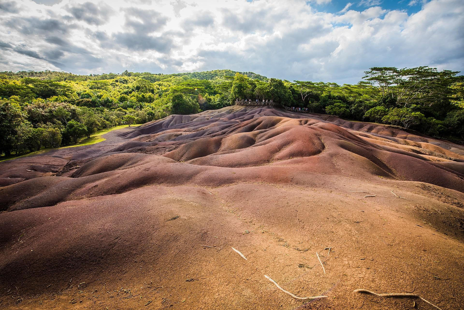 Chamarel, terre des sept couleurs- Le duo de choc ! L'île Maurice et l'île de la Réunion - Suivre sa Joie - Saskia Parein