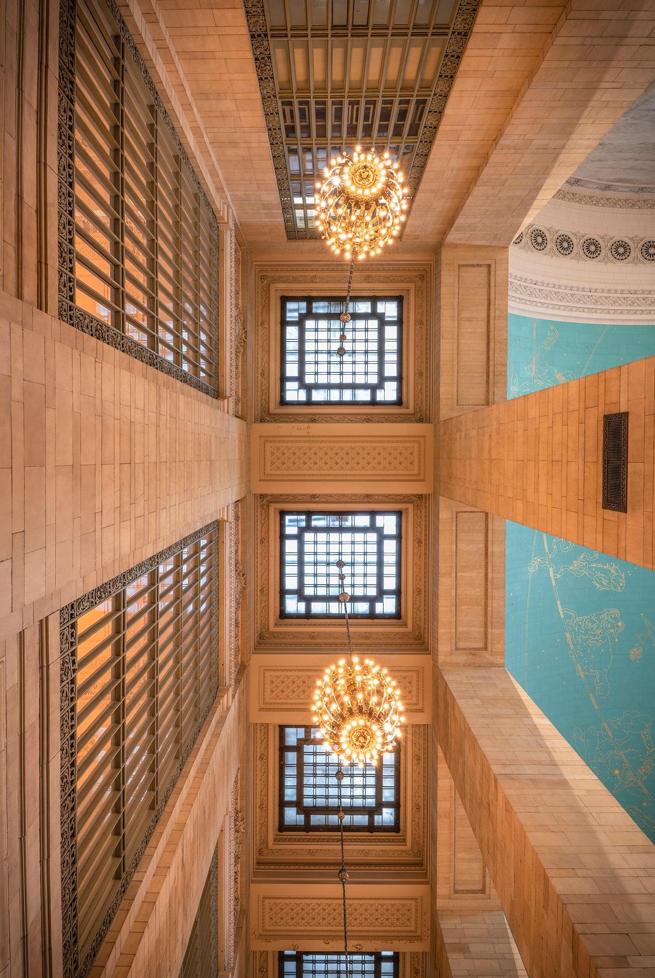 Blog Lifestyle - Le magnifique plafond de la Gare Grand Central de New York - Suivre sa Joie - Saskia Parein