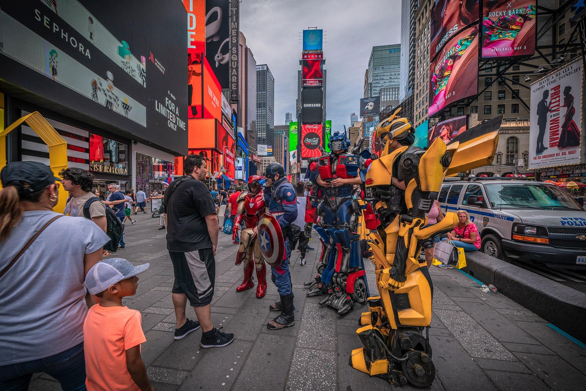 Blog Lifestyle - Des Superhéros sur Time Square - Suivre sa Joie - Saskia Parein