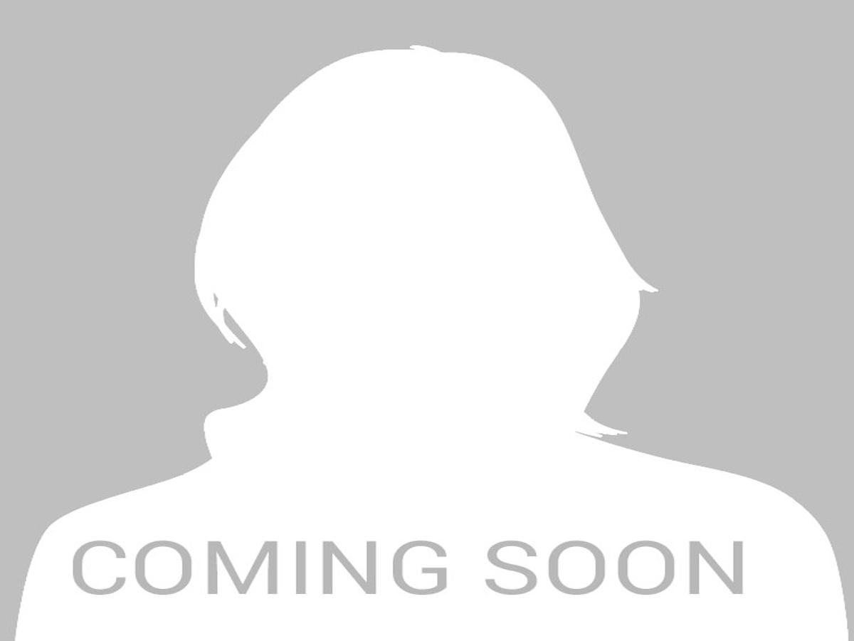 Dr Michelle S Barthakur