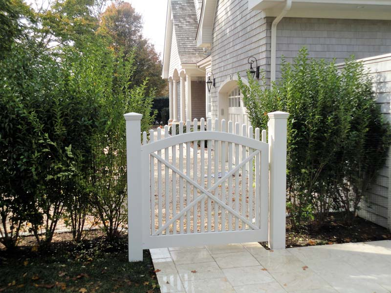 Custom wooden picket gate in Southampton, NY