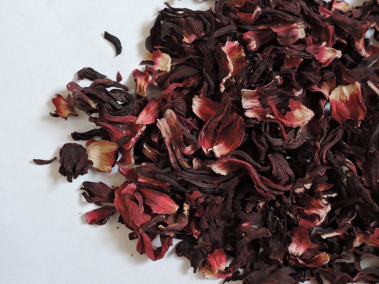 4 Reasons To Drink Hibiscus Tea Cup Leaf