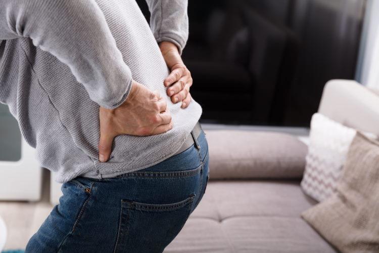 Attention, le mal de dos n'est pas souvent couvert par votre assurance de prêt !