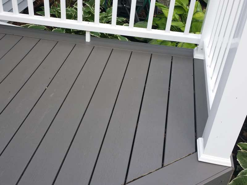 Deck Cleaning in Rockford IL